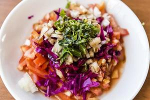 traditioneller türkischer Salat