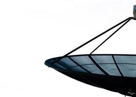 schwarzer Satellit auf weißem Hintergrund foto