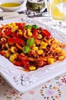 brauner Reis mit Gemüse