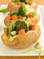 gefüllte Kartoffeln foto