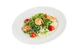 Salat aus Eruca und Garnelen