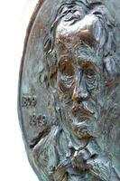 Edgar Allen Poe, Bronze foto