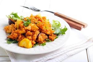 Couscous mit Zucchini und Aubergine foto