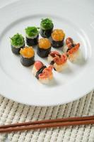 japanisches leckeres Sushi-Set