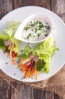 Salat und Sauce foto