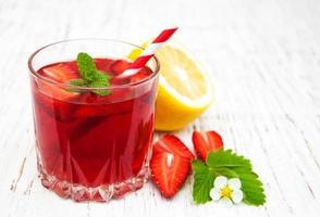 Sommer Erdbeergetränk