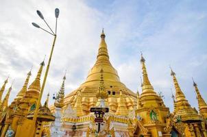 Shwedagon Paya in Yangon, Myanmar foto