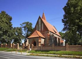 Kirche von st. catherine von alexandria in grzywna. Polen foto