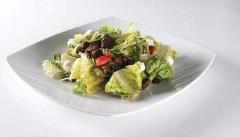 Salat mit Pekannüssen