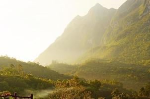 Landschaft des Berges foto