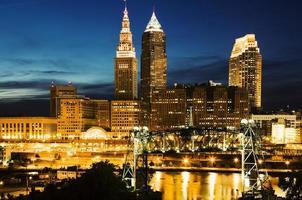 Cleveland während des blauen Abends