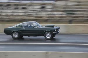 zehn Sekunden schneller Rücken Mustang