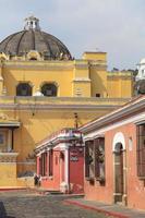 Kolonialgebäude in Antigua, Guatemala foto