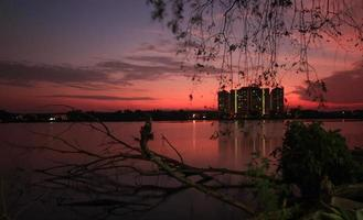 Sonnenuntergang am See foto