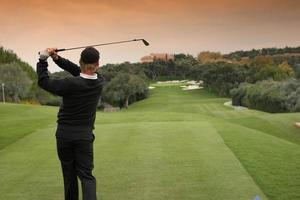 Golfschwung in Valderrama, Spanien foto