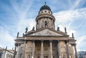 außen der französischen kathedrale in berlin, deutschland foto