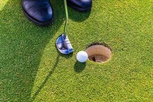 Golfschläger, Golfbälle, Golfplatz. Südafrika, November 2014. foto