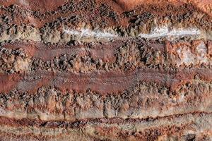 Fragment der Mauer des Salzbergwerks foto