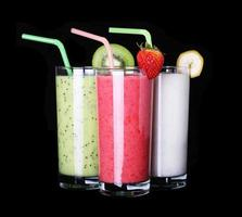 gesundes Glas Smoothies Sammlung Geschmack auf Schwarz