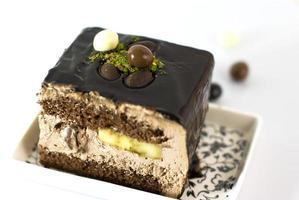 Schokoladenkuchen mit Banane foto