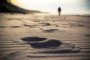 Nordic Walking Sport Run Walk Motion Unschärfe Outdoor Person Beine foto
