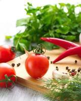 Tomaten und Gewürze foto