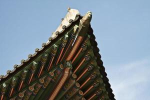 koreanische traditionelle Architektur ,, Himmel, asiatisches Dach foto