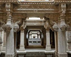 Adalaj Schritt gut in Ahmedabad, Indien foto