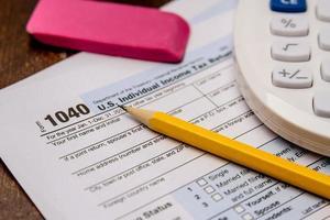 Einreichung von Steuern und Steuerformularen foto