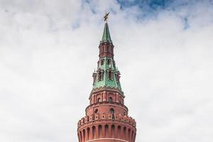Moskauer Kremlgebäude im Sommer foto