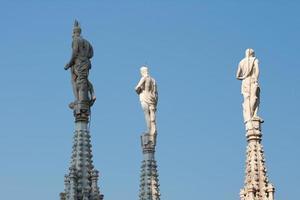 Statue auf dem Turm foto