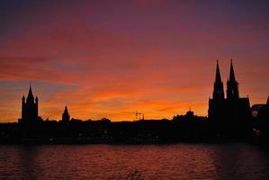 Sonnenuntergang in koln foto
