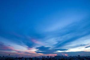 Sonnenuntergang und Sonnenaufgang