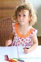 Mädchen malen foto