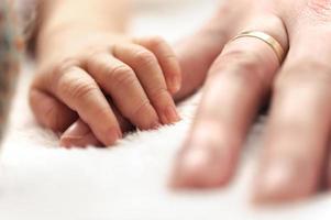 Händchen halten foto