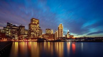 San Francisco Embarcadero in der Nacht foto