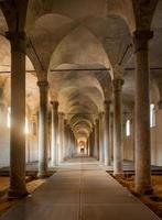 antike Ställe, entworfen von Leonardo da Vinci, in Vigevano, Italien foto