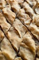 Baklava, türkisches Dessert aus dünnem Gebäck, Nüssen und Honig. foto