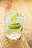 klassischer Margarita-Cocktail mit salzigem Rand