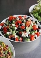 Trio von frischen Salaten