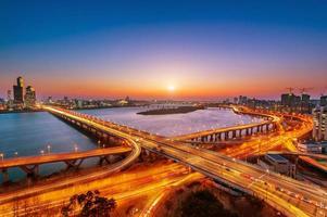 Mapo Bridge und Seoul. foto
