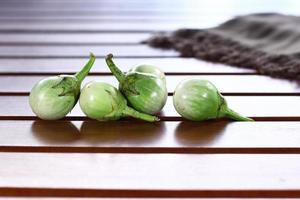 grüne Aubergine foto