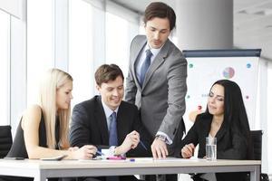 Teamwork von Geschäftsleuten foto