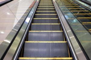 Rolltreppen des Einkaufszentrums