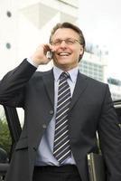 glücklicher Geschäftsmann foto