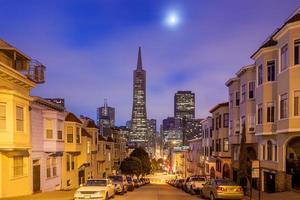 San Francisco in der Nacht. foto