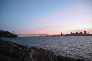San Francisco Bridge bei Sonnenuntergang foto