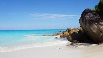 unberührter Strand foto