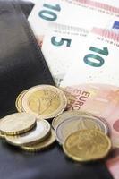 Euro und Geldbörse foto
