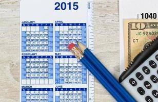 Einkommensteuervorbereitung für das Jahr foto